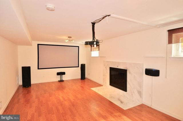 5 Bedrooms, Bethesda Rental in Washington, DC for $4,200 - Photo 2
