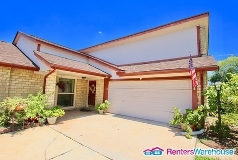 4 Bedrooms, Colony Bend Rental in Houston for $1,895 - Photo 2