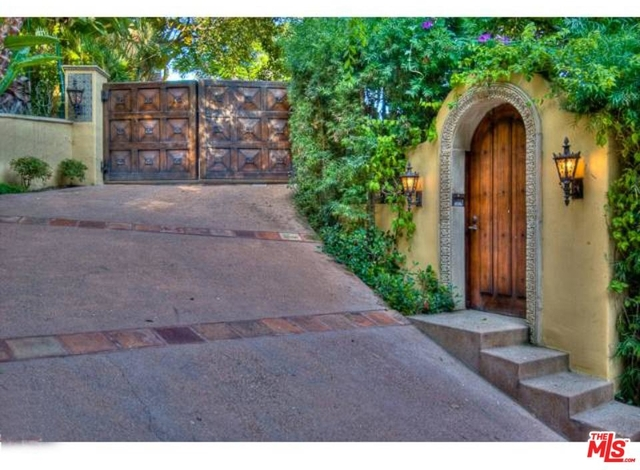 5 Bedrooms, Bel Air-Beverly Crest Rental in Los Angeles, CA for $45,000 - Photo 2