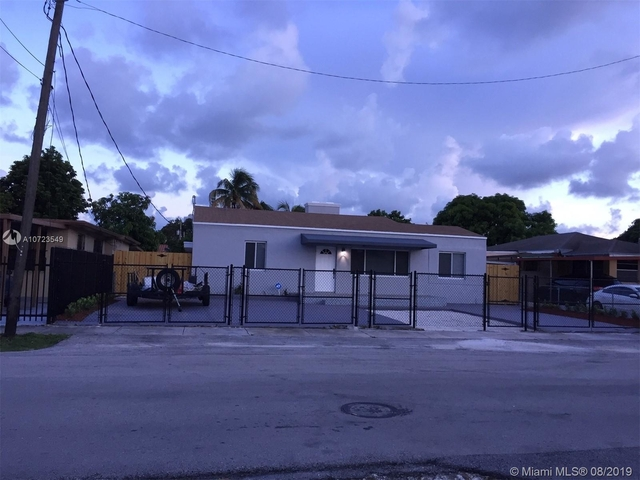 2 Bedrooms, Kenwood Rental in Miami, FL for $2,300 - Photo 1