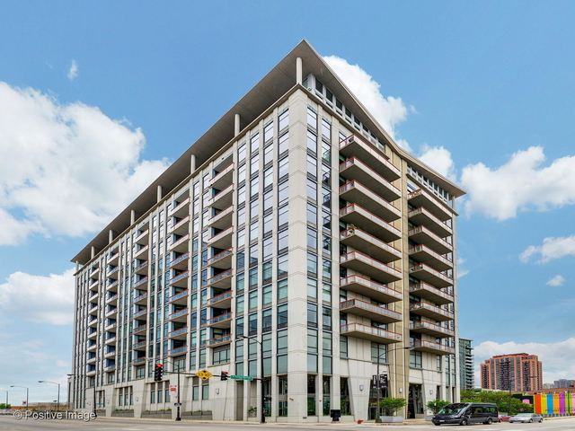 2 Bedrooms, Fulton Market Rental in Chicago, IL for $3,200 - Photo 1