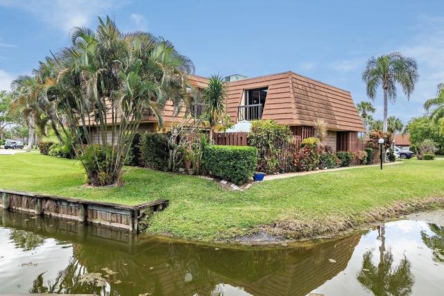2 Bedrooms, Jupiter Plantation Rental in Miami, FL for $2,100 - Photo 1