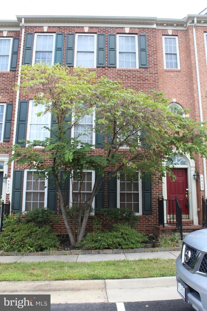 3 Bedrooms, Prince William County Center Rental in Washington, DC for $2,200 - Photo 1