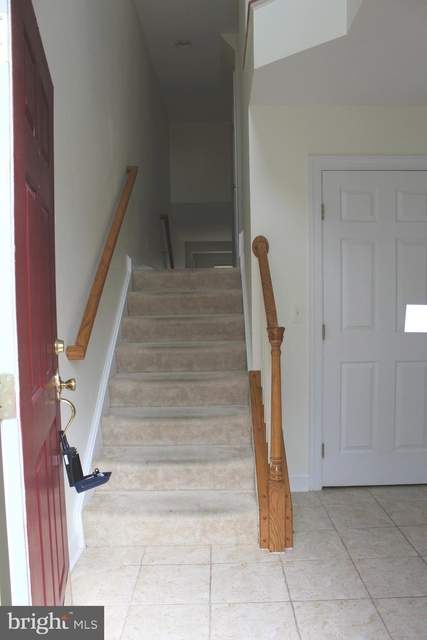 3 Bedrooms, Prince William County Center Rental in Washington, DC for $2,200 - Photo 2