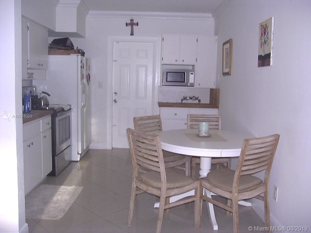 2 Bedrooms, The Pines Rental in Miami, FL for $1,625 - Photo 1