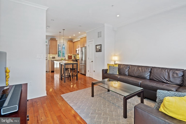 3 Bedrooms, Graduate Hospital Rental in Philadelphia, PA for $3,300 - Photo 2