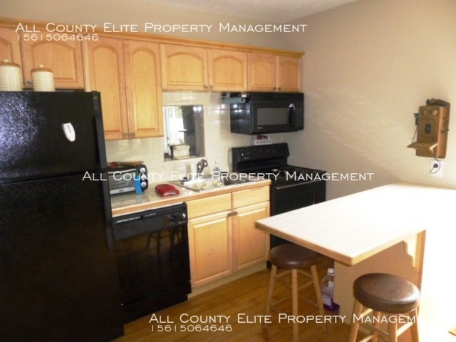 1 Bedroom, North Palm Beach Rental in Miami, FL for $1,100 - Photo 2