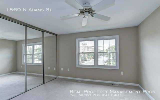 3 Bedrooms, Lyon Village Rental in Washington, DC for $3,900 - Photo 2