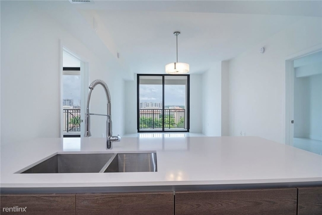 2 Bedrooms, Industrial Section Rental in Miami, FL for $2,850 - Photo 2