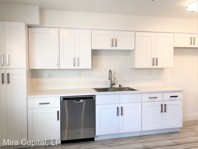 2 Bedrooms, Westwood Rental in Los Angeles, CA for $3,675 - Photo 2
