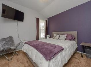 3 Bedrooms, Harvest Bend Rental in Dallas for $1,650 - Photo 2