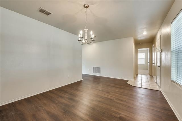 4 Bedrooms, Lasater Ranch Rental in Dallas for $1,750 - Photo 2
