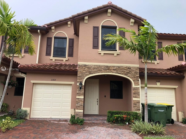 3 Bedrooms, Baywinds of Eleuthera Rental in Miami, FL for $1,800 - Photo 1