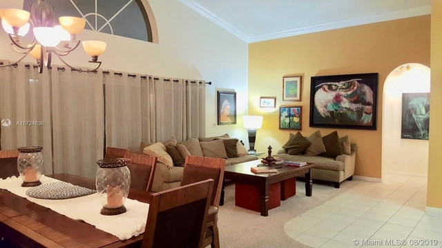4 Bedrooms, New Orleans Lakesites Rental in Miami, FL for $4,000 - Photo 1