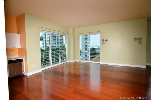 2 Bedrooms, Downtown Miami Rental in Miami, FL for $2,100 - Photo 2