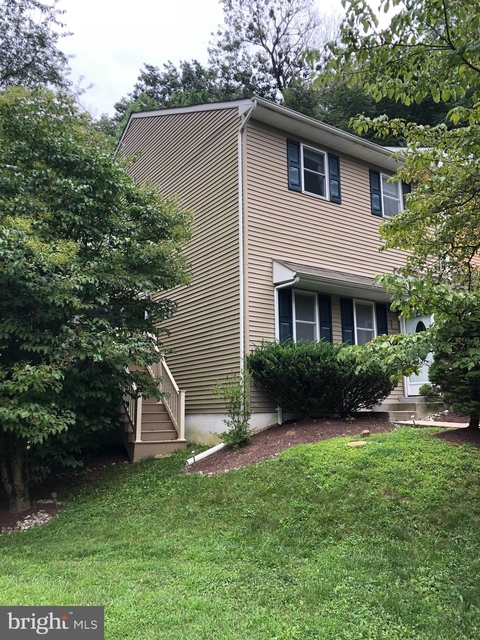 3 Bedrooms, Lower Southampton Rental in Philadelphia, PA for $2,400 - Photo 1