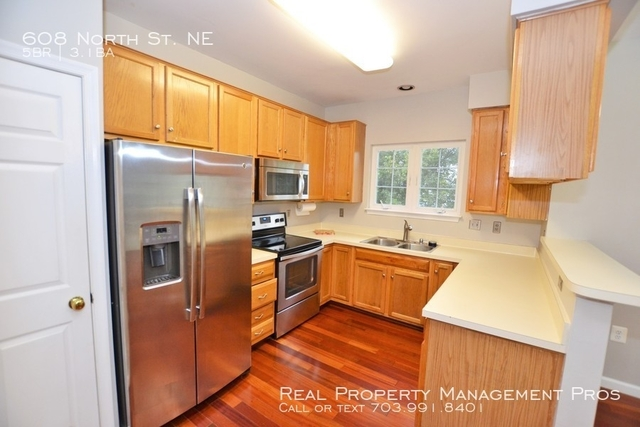 5 Bedrooms, Exeter Hills Rental in Washington, DC for $2,595 - Photo 2