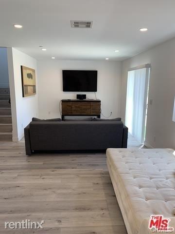 5 Bedrooms, Van Nuys Rental in Los Angeles, CA for $4,295 - Photo 1