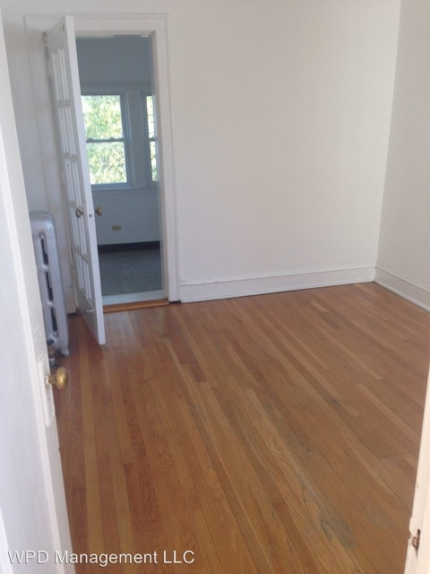 2 Bedrooms, Hyde Park Rental in Chicago, IL for $1,400 - Photo 2