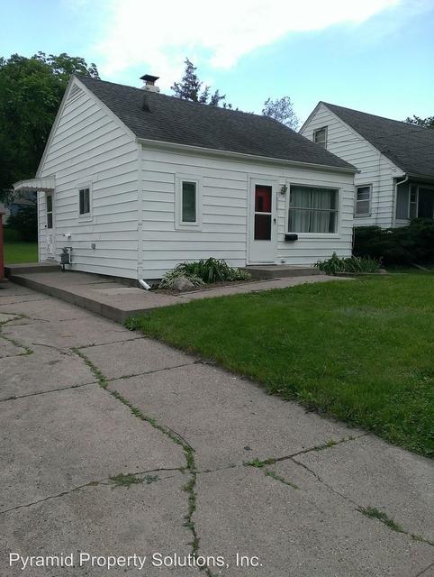 2 Bedrooms, Oak Park Rental in Des Moines, IA for $825 - Photo 2