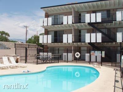 3 Bedrooms, University Heights Rental in Albuquerque, NM for $1,200 - Photo 2