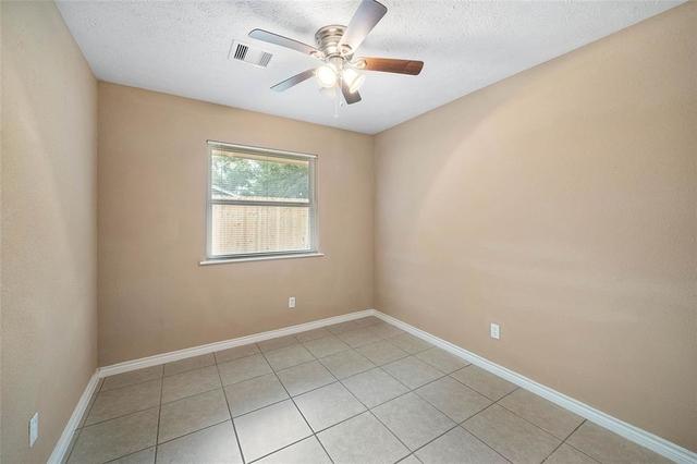 4 Bedrooms, Southbelt - Ellington Rental in Houston for $1,600 - Photo 2