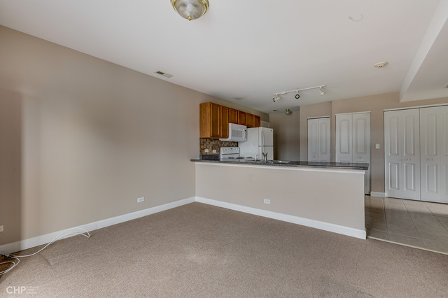 2 Bedrooms, Berwyn Rental in Chicago, IL for $1,300 - Photo 2