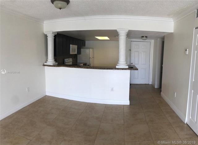 2 Bedrooms, Pembroke Lakes South Rental in Miami, FL for $1,650 - Photo 1
