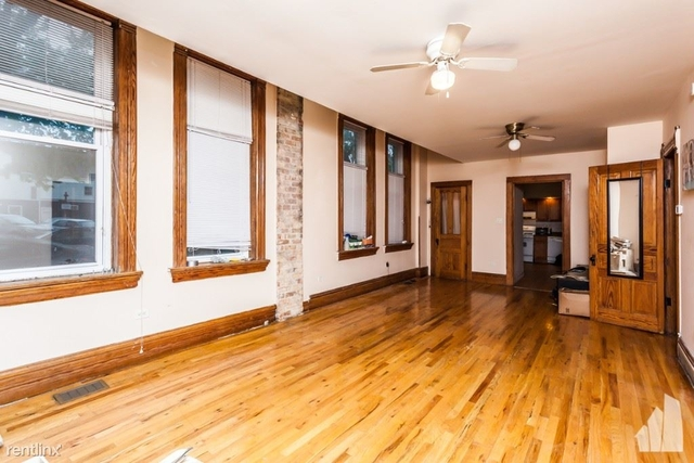 3 Bedrooms, Roscoe Village Rental in Chicago, IL for $1,950 - Photo 1