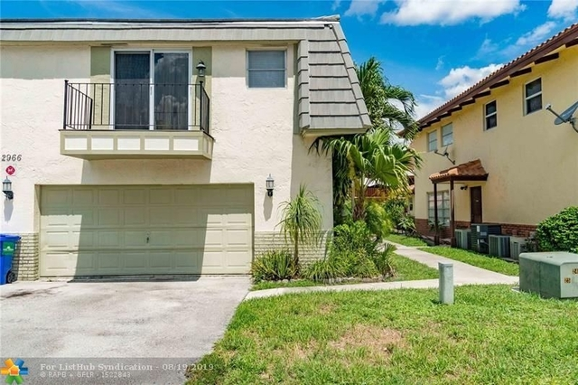 2 Bedrooms, Forest Hills Rental in Miami, FL for $1,450 - Photo 1