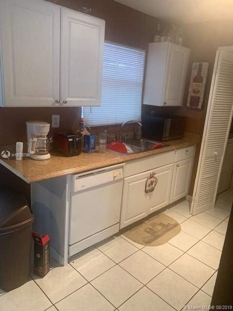3 Bedrooms, Sica Estates Rental in Miami, FL for $1,850 - Photo 1