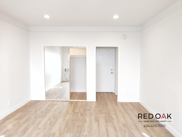 Studio, Hollywood Hills West Rental in Los Angeles, CA for $1,550 - Photo 2