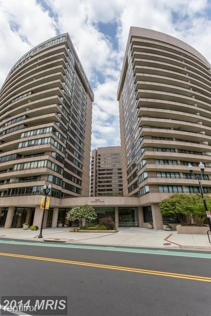 2 Bedrooms, Crystal City Shops Rental in Washington, DC for $2,575 - Photo 1
