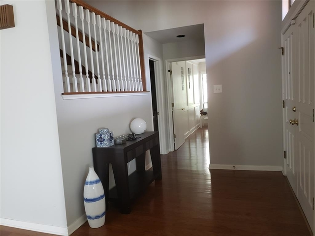 3 Bedrooms, Shadowbriar Rental in Houston for $2,400 - Photo 2