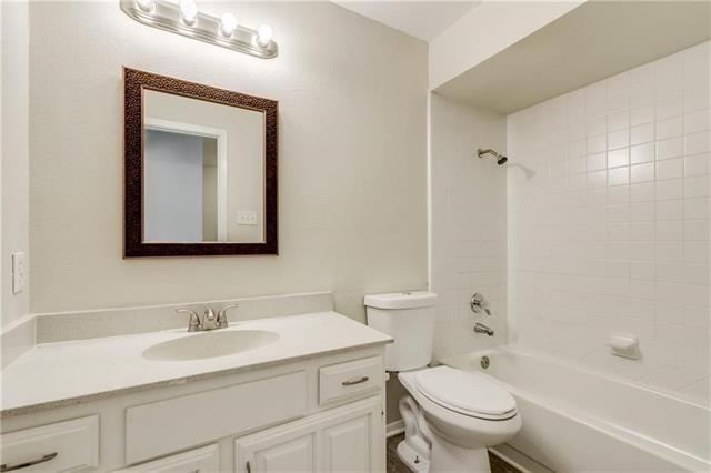 3 Bedrooms, Merriman Park-University Manor Rental in Dallas for $2,200 - Photo 2