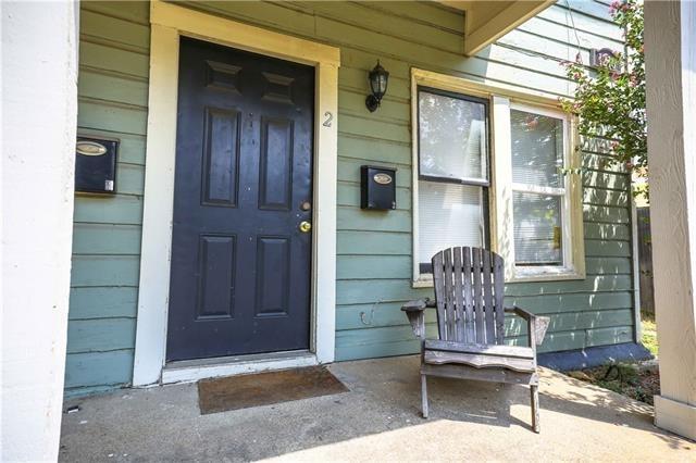 2 Bedrooms, Fairmount Rental in Dallas for $1,195 - Photo 2