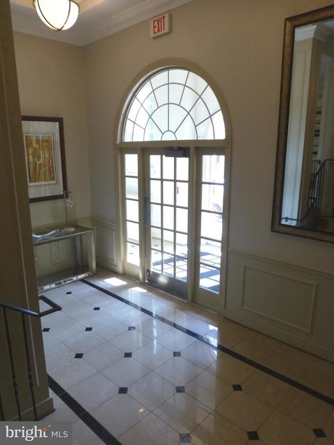 2 Bedrooms, Main Street Condominiums Rental in Washington, DC for $2,600 - Photo 2