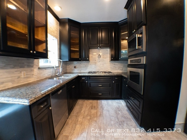 3 Bedrooms, Midtown Rental in Houston for $2,250 - Photo 1