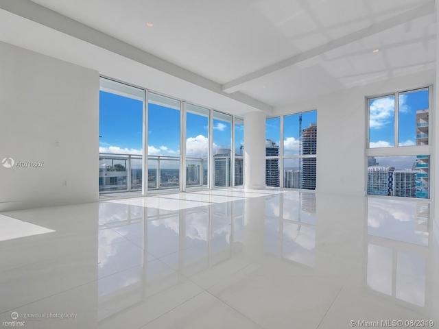 3 Bedrooms, Miami Financial District Rental in Miami, FL for $4,900 - Photo 2