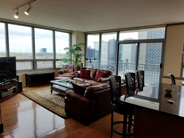 3 Bedrooms, South Loop Rental in Chicago, IL for $4,000 - Photo 2
