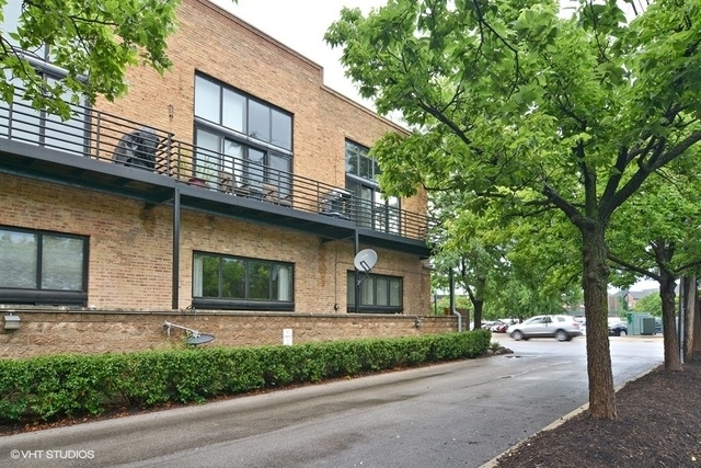 3 Bedrooms, Lathrop Rental in Chicago, IL for $3,000 - Photo 1