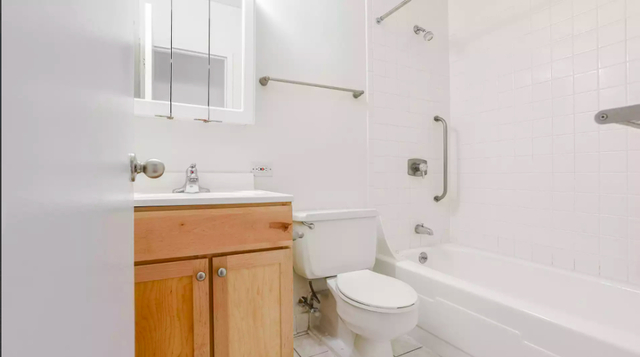 1 Bedroom, Riverside Rental in Boston, MA for $2,590 - Photo 2