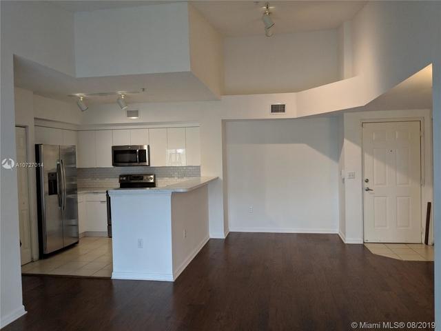 2 Bedrooms, Miramar Lakes Rental in Miami, FL for $1,700 - Photo 2