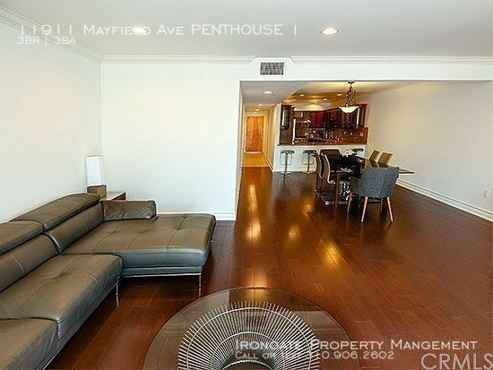 3 Bedrooms, Brentwood Rental in Los Angeles, CA for $5,495 - Photo 2