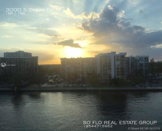 1 Bedroom, Hollywood Beach - Quadoman Rental in Miami, FL for $1,740 - Photo 2