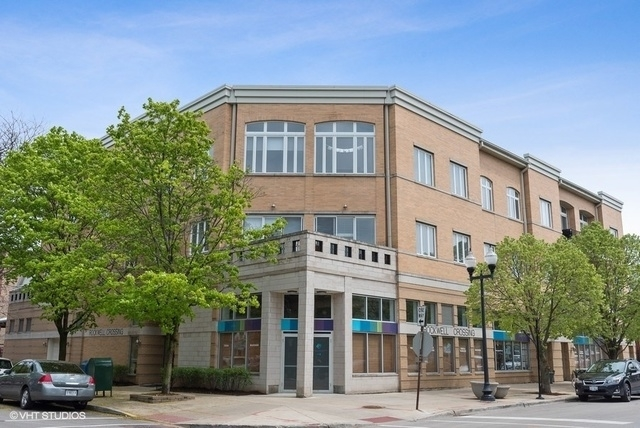 2 Bedrooms, Ravenswood Rental in Chicago, IL for $2,350 - Photo 1