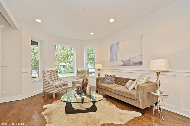 4 Bedrooms, Roscoe Village Rental in Chicago, IL for $7,000 - Photo 2