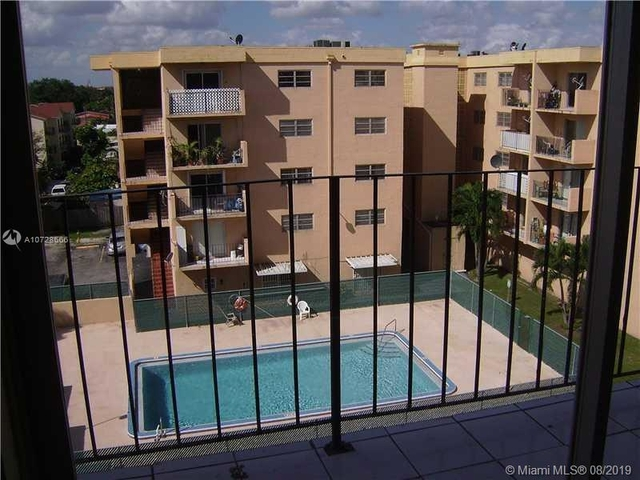 3 Bedrooms, Hialeah Rental in Miami, FL for $1,575 - Photo 2