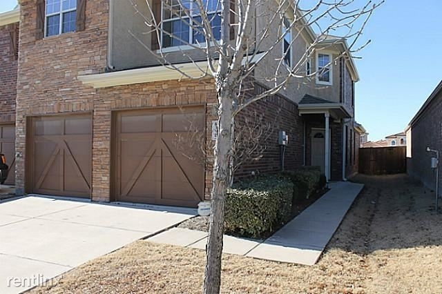 3 Bedrooms, The Cascades at The Legends Rental in Dallas for $1,845 - Photo 1