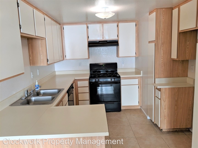 2 Bedrooms, Southwest Rancho Cucamonga Rental in Los Angeles, CA for $1,800 - Photo 2